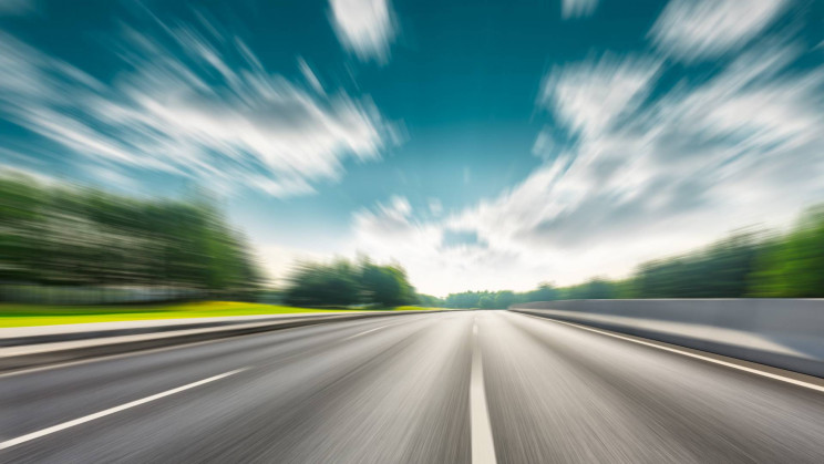 Engineers Are Creating Concrete Pavement That Wirelessly Charges Electric Cars