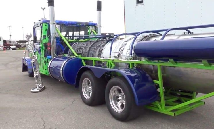 'Bone Shaker' Truck Is Equipped with a 18,000 HP F-4 Fighter Jet Engine