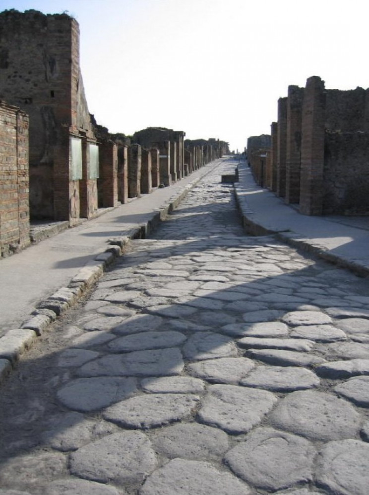 A Roman road preserved at Pompeii