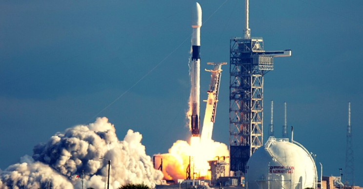 SpaceX Launches 60 More Starlink Satellites After Unfriendly Weather Delays