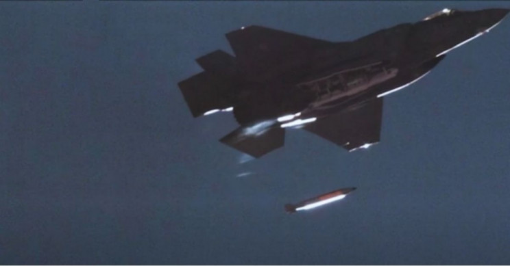 Watch This F-35 Drop a B61 Nuclear Bomb in 'Historic' First