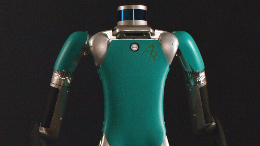 Headless Robot Servant Can Stack, Carry Boxes, Will Sell for $250,000