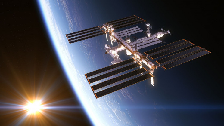 Alarms Sound on the ISS as Astronauts Wake to Smell of Burning Plastic