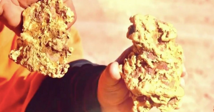 Two Massive Gold Nuggets Discovered in Australia