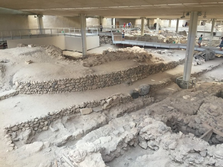 lost and found cities Akrotiri