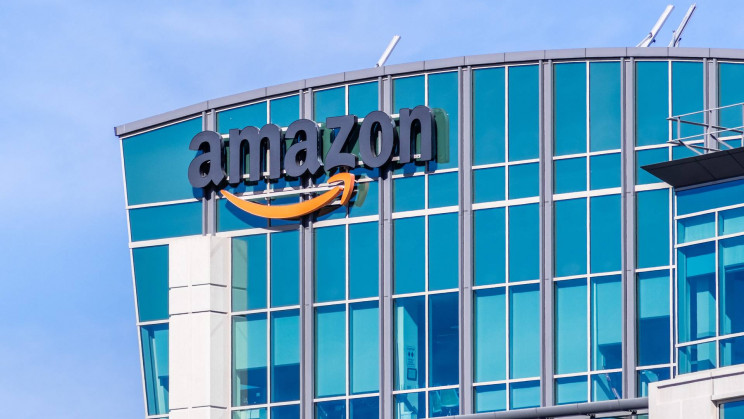 Amazon Lottery Will Offer Workers the Chance to Win $500,000 for Getting Vaccinated Against COVID-19