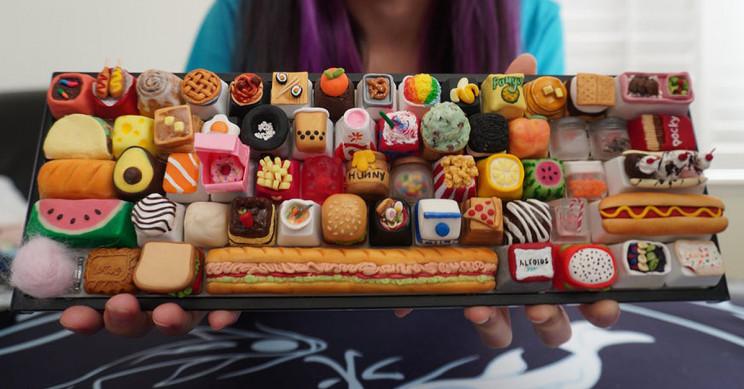 Artisan Creates Mechanical Keyboard with 61 Food-Themed Keycaps