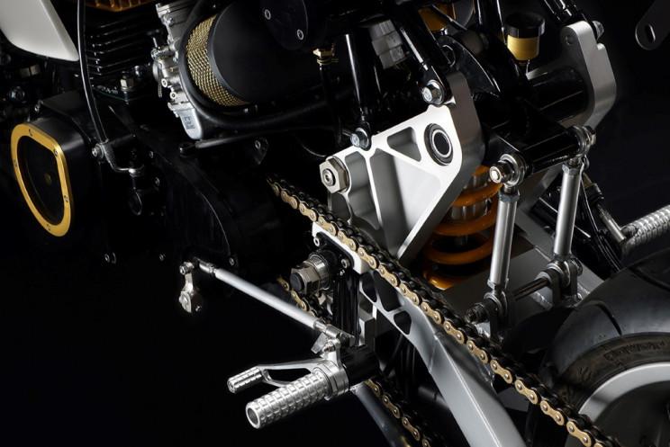 This Custom Suzuki GT380 Has a Timeless Minimalistic Design