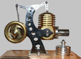 The Everlasting, Nearly Emission Free Stirling Engine