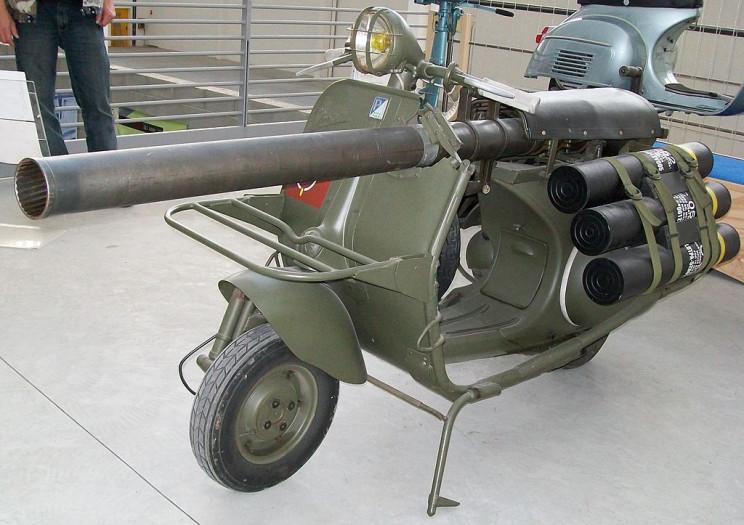 bizarre war machines gun vespa
