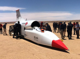 Bloodhound Car Breaks Its Own Record, Reaching 562 Mph (904.451 km/h)