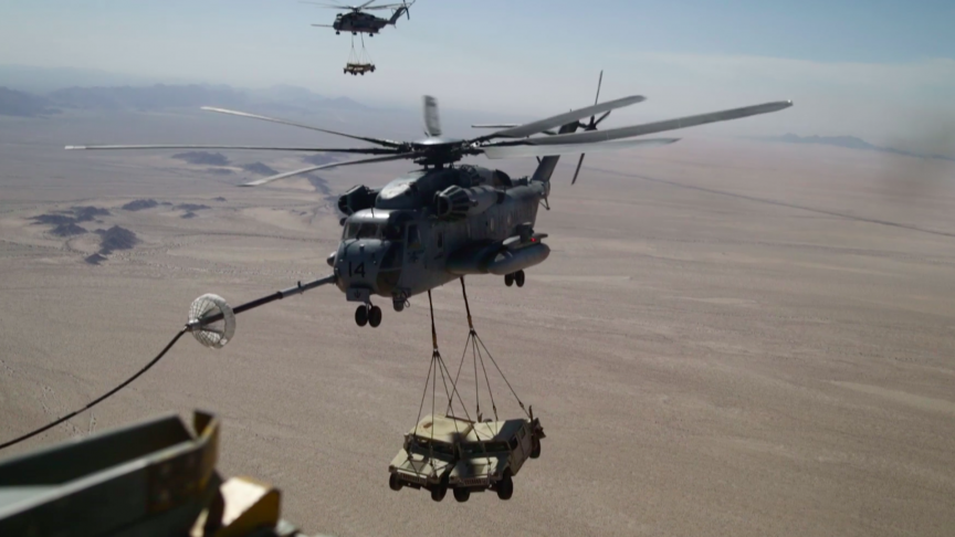 US Marines Share New Video of CH-53E Helicopters Refueling Mid-Air