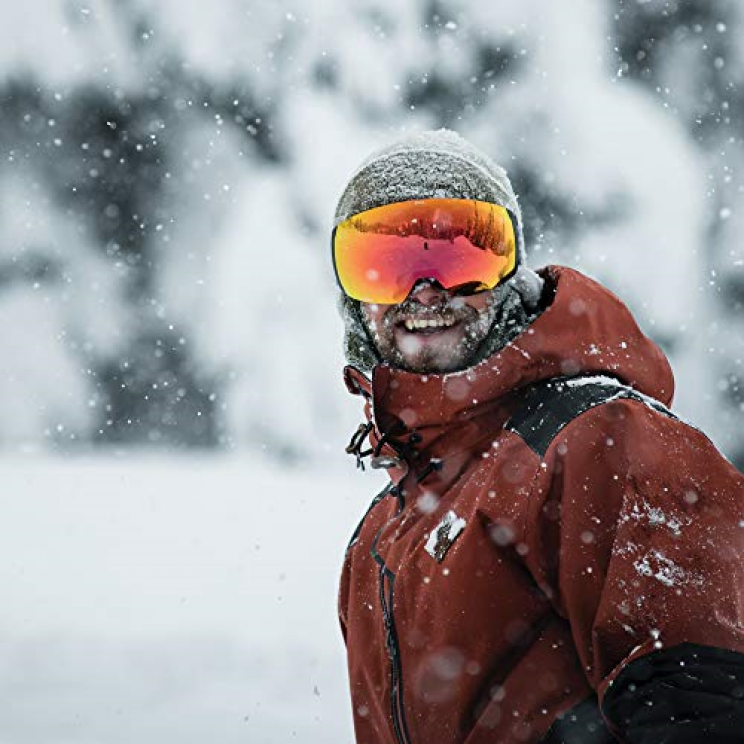27 Gears You Should Definitely Get If You Love Winter Sports
