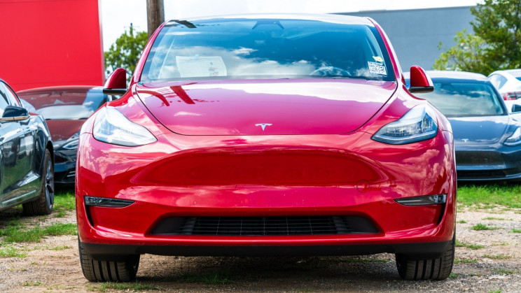 Police Department Found Using a Tesla Model 3 is Cost-Effective