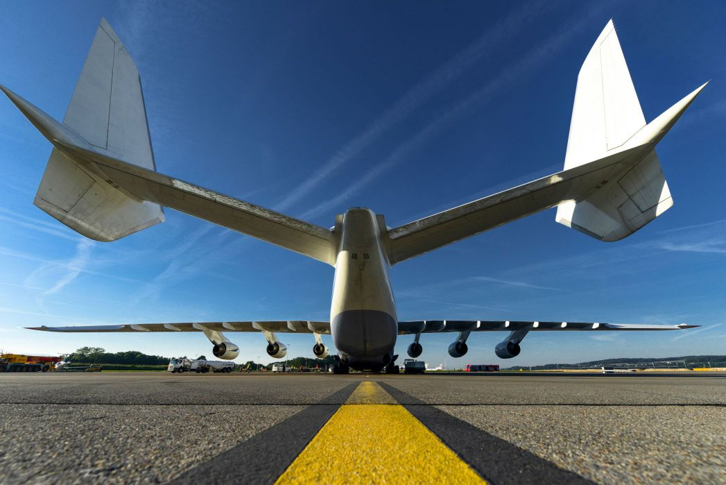 Antonov AN-225 aereo aereo cargo strategico Antonov Maglia a Manica