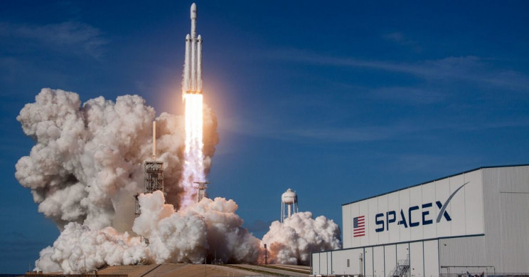 SpaceX will launch private citizens into orbit around Earth