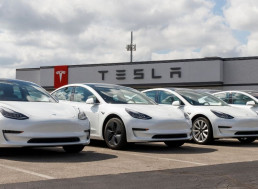 Elon Musk Says Not to Get Your Hopes Up For Battery Production