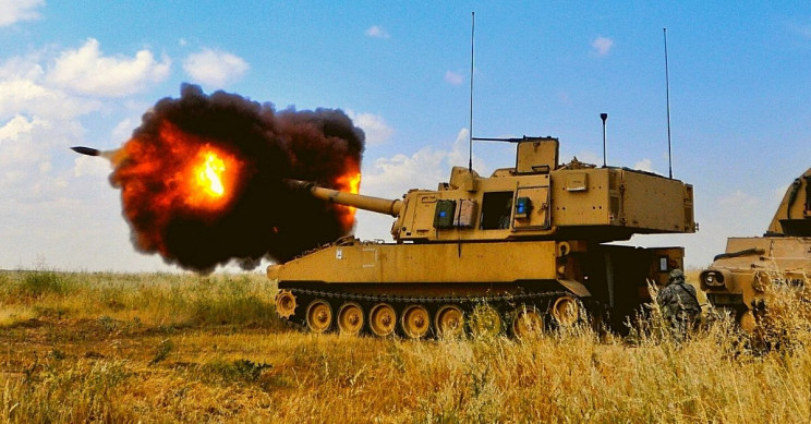 US Army Upgrades Howitzers With AI to Shoot Down Cruise Missiles