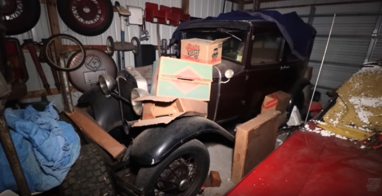 YouTuber Auctions off 50 Antique Cars Found in Pennsylvania Barn