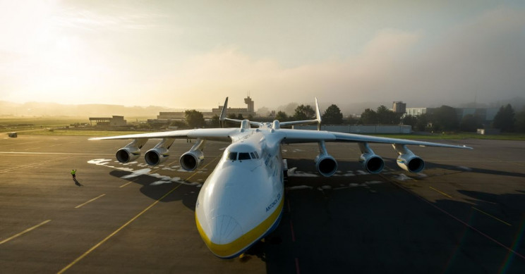 Biggest Plane in the World Soars Into the COVID-19 Struggle