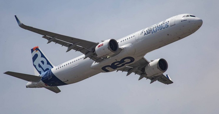 Airbus to Fight Boeing's Surprise 737 MAX Deal at Paris Air Show with A320 Bid