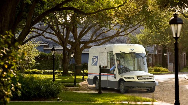 The US Postal Service Unveils Controversial New Van Design