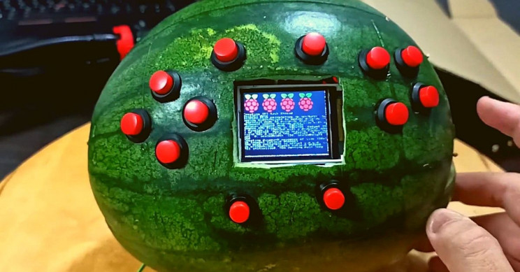 Student Turns Fresh Watermelon Into Classic Game Boy With Raspberry Pi