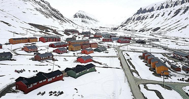 Longyearbyen Arctic Town