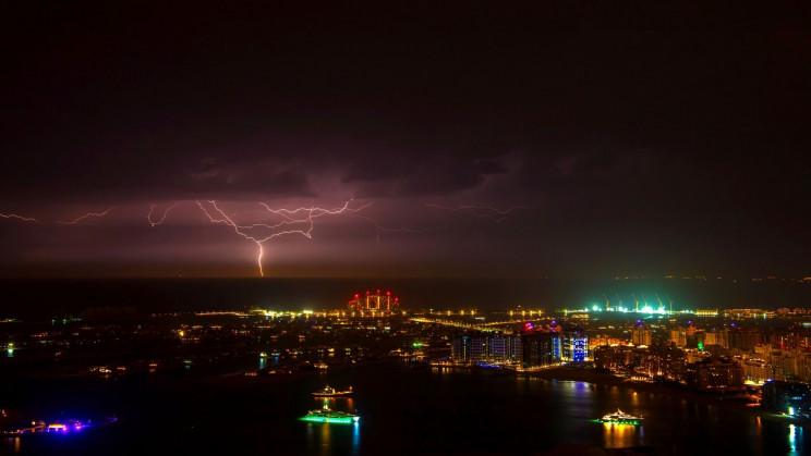 "How the UAE's ""Rain Drones"" Use Electric Shocks to Kickstart Storms"