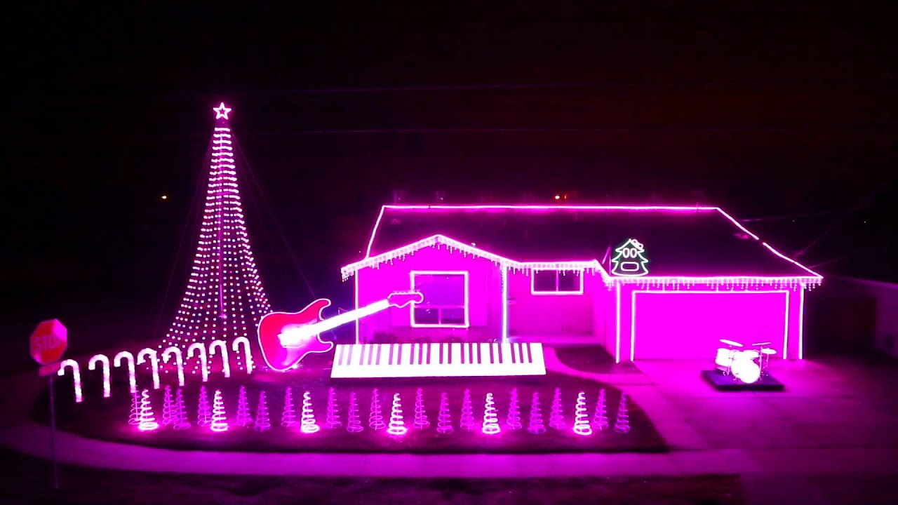 These Are the Most Astonishing Christmas Lights You'll See This Season