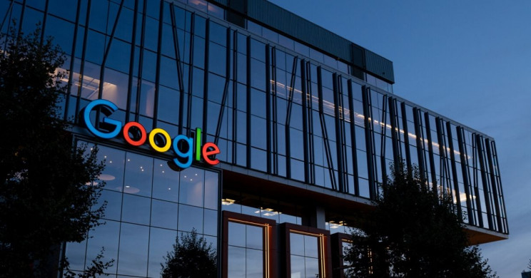 """Google Fired Employee for """"Organizing"""" a Pop-Up to the Company's Chrome Browser"""