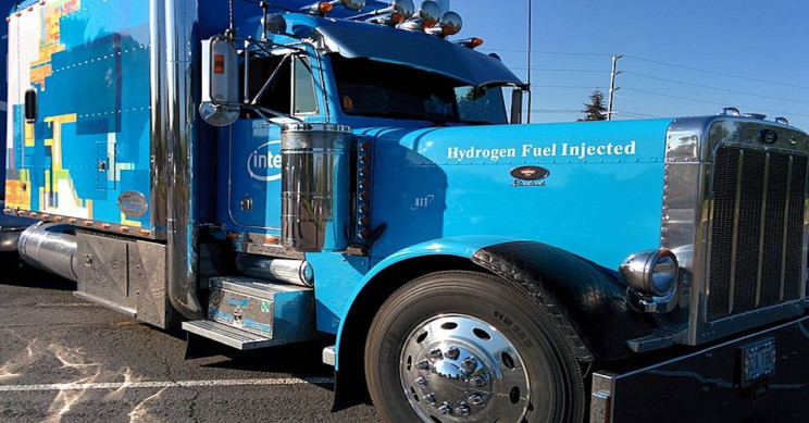 A Closer Look at Hydrogen Fuel Cell Truck Projects