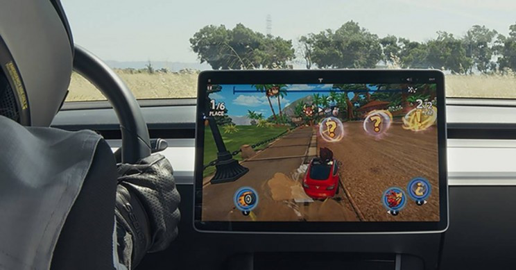 Tesla's New Update Comes with Three New In-Car Games