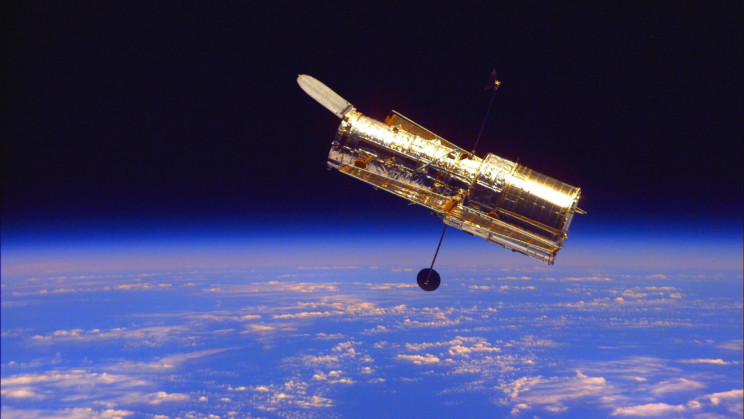 Hubble Might Survive. NASA Is About to Try Its Backup Computer