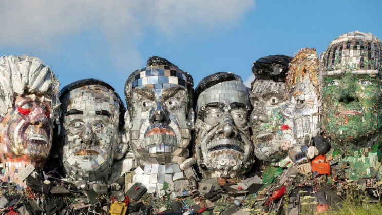 Artists Design 'Mount Recyclemore' with G7 Leaders Using E-Waste