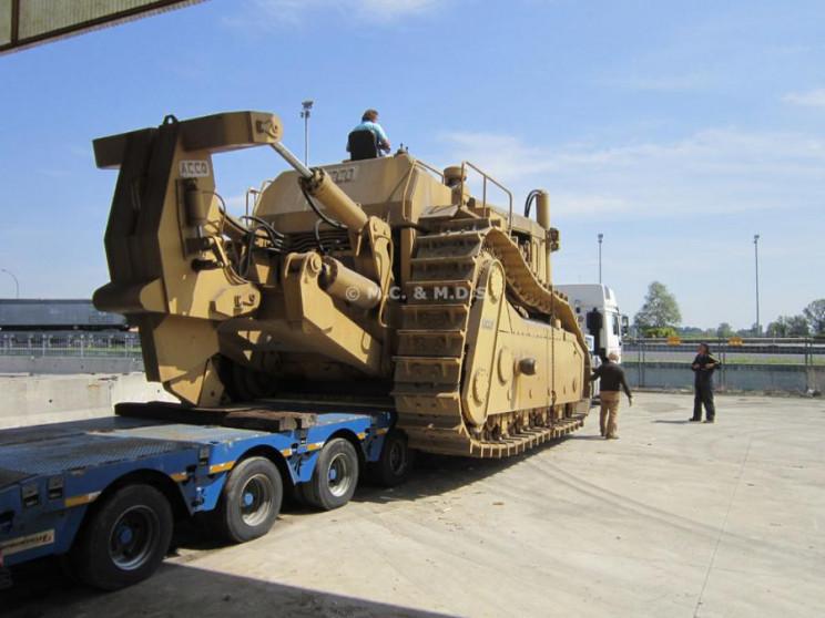 heavy equipment super dozer
