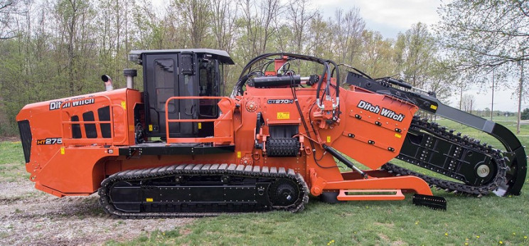 heavy equipment ditch witch