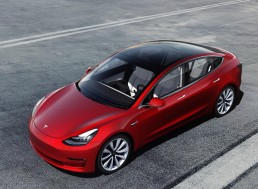 Tesla Lost $702M in 1Q of 2019 Due to Fewer Model 3 Deliveries