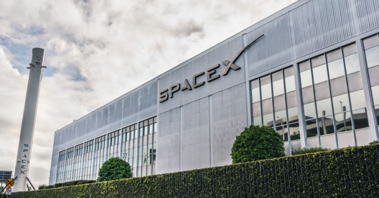 NASA Former High-Ranking Spaceflight Official Moves across to SpaceX Team