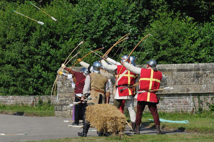 history of bows war