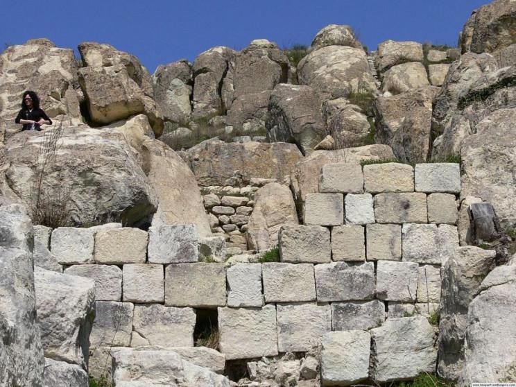 oldest buildings perperikon