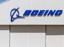 Boeing CEO Apologizes to Victims' Families, Admits Mistakes were Made
