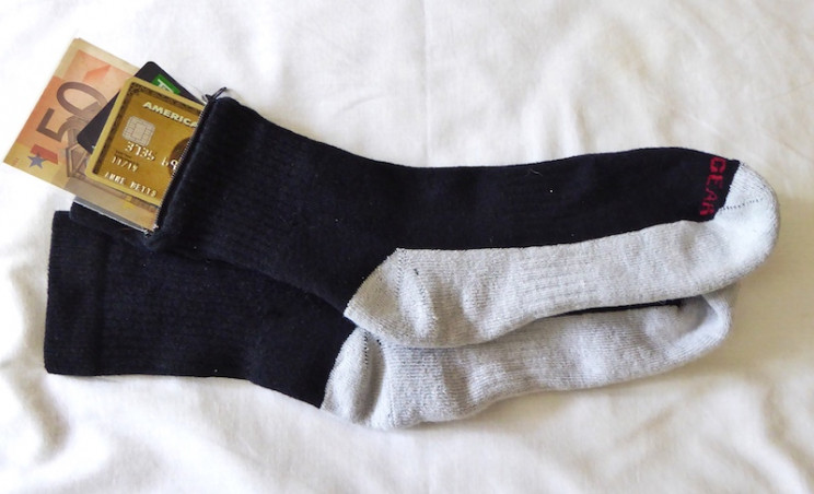 anti-pickpocket items socks
