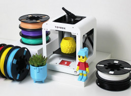 This Kid-Friendly 3D Printer Lets You Build Your Own Toys at Home