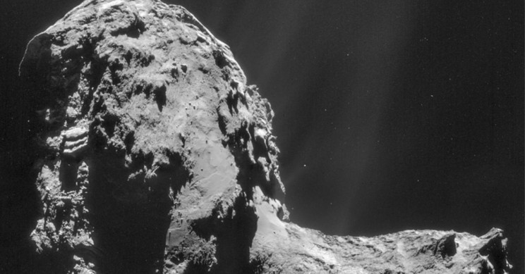 ESA Discovers Comet With Aurora Lights