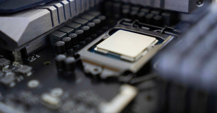 Computer Chip Can Stay Cool With In-Chip Water Systems