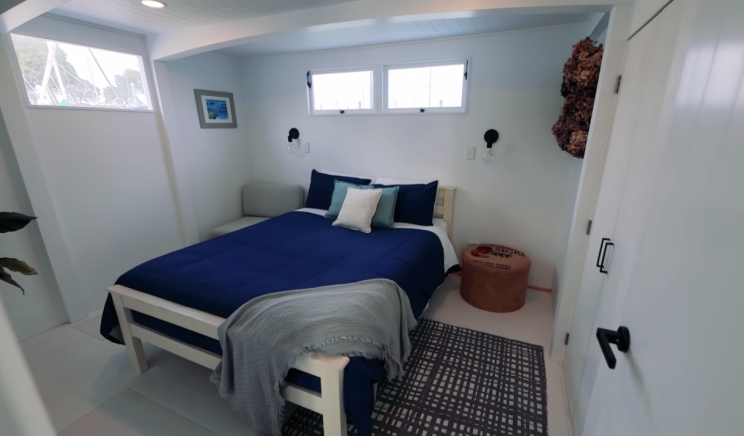 Take a Tour of This Tiny Houseboat, The 'Blue Turtle'