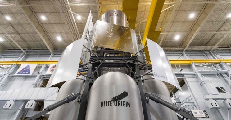 Lunar Lander Mockup by Blue Origin Ready For NASA