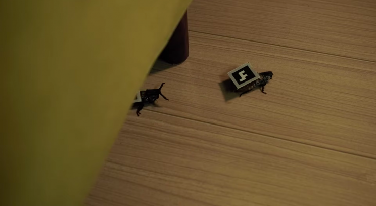 Robot Cockroaches Walk Around, Run Errands in Your House
