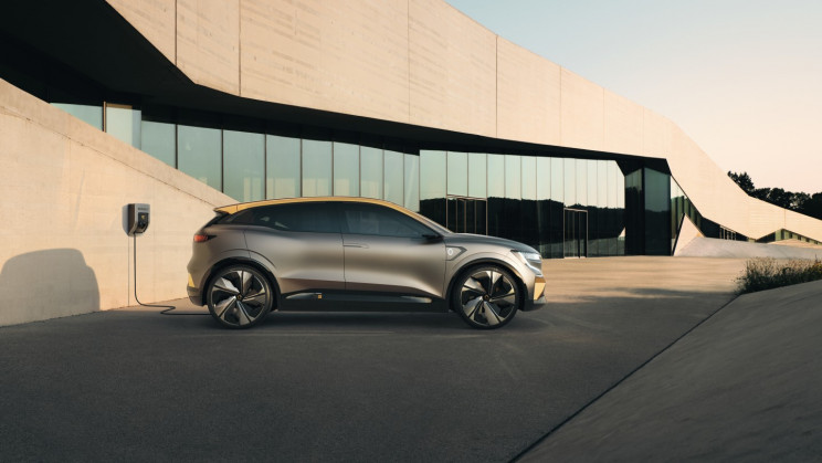 Renault Reveals Mégane eVision as 'the Future of Electric Vehicles'